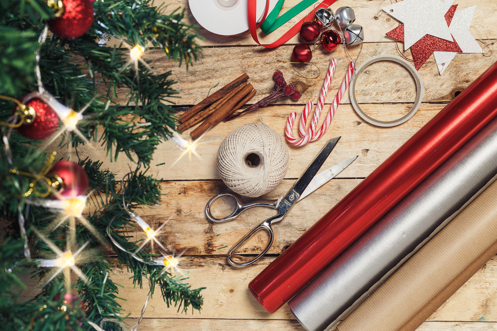 Rollwrap, tape, scissors & decorations - all you need to wrap your gifts