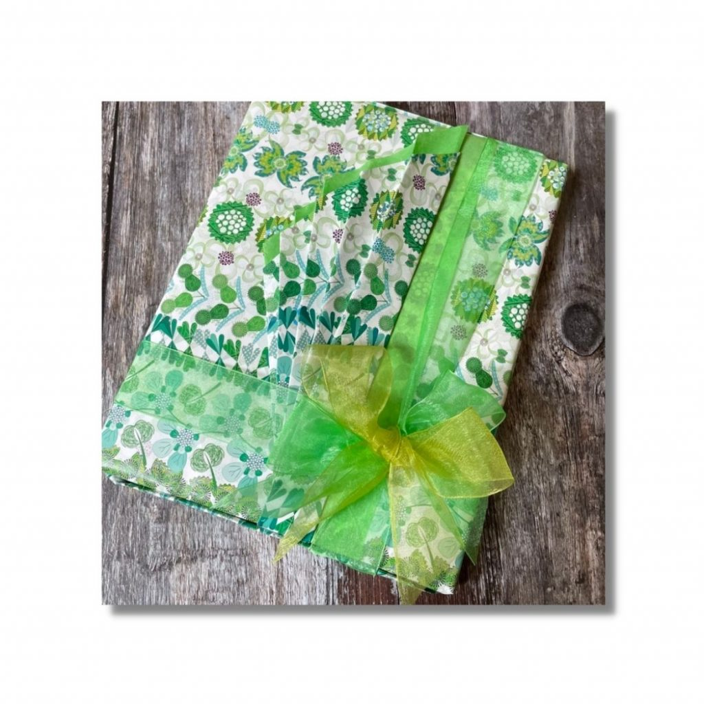 simple gift wrapping ideas to make your gifts stand out - double bows